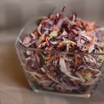 Zelný salát plný barev, vitamínů a chuti
