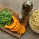 Podzimní špagety s dýní a špenátem