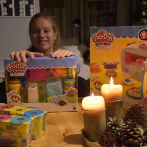 Tip na dárek: Play Doh pro malé kuchtíky